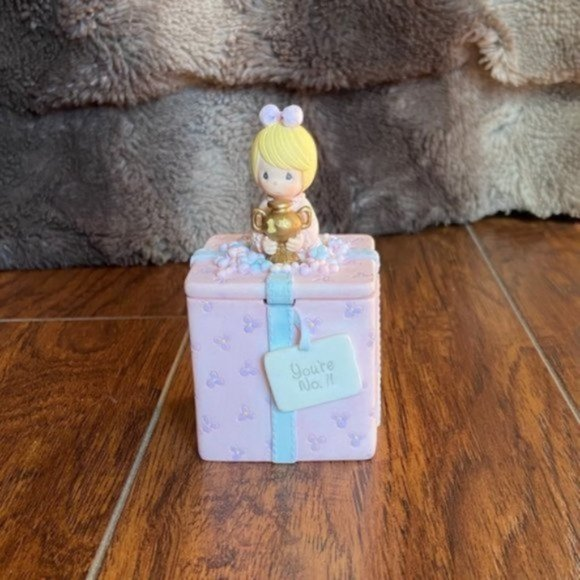 NEW without box Precious Moments #1 Figurine
